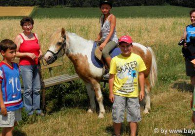 Reiterferien für Kinder Ponyhof in Bayern